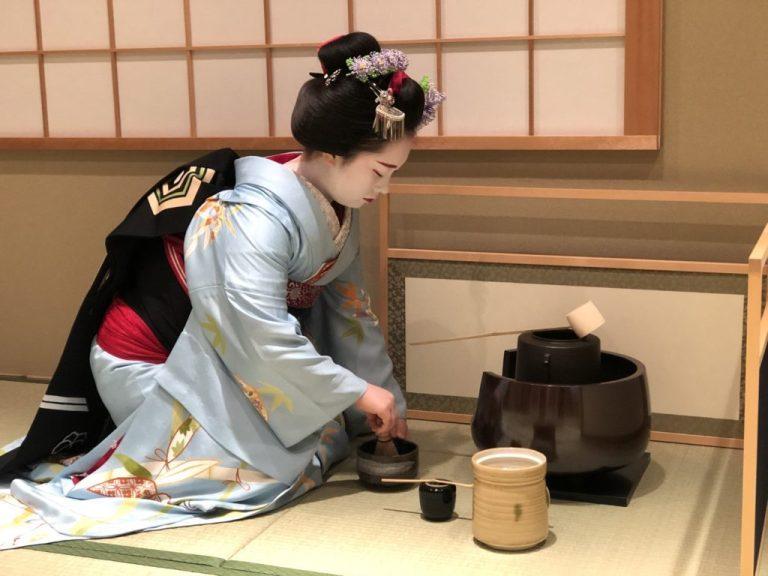 KIMONO TEA CEREMONY KYOTO