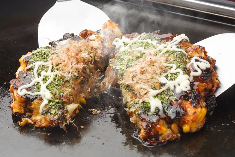 PRIVATE Okonomiyaki cooking experience in Osaka