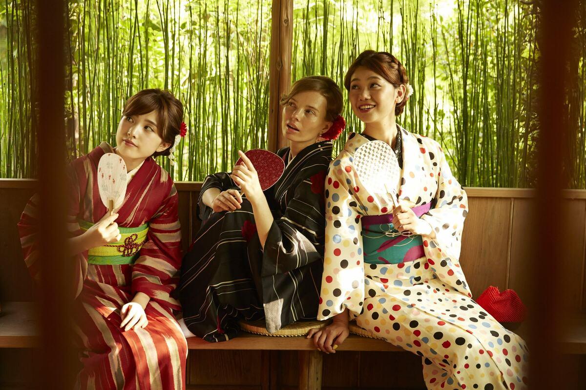 Kimono Photo Shoot in Osaka