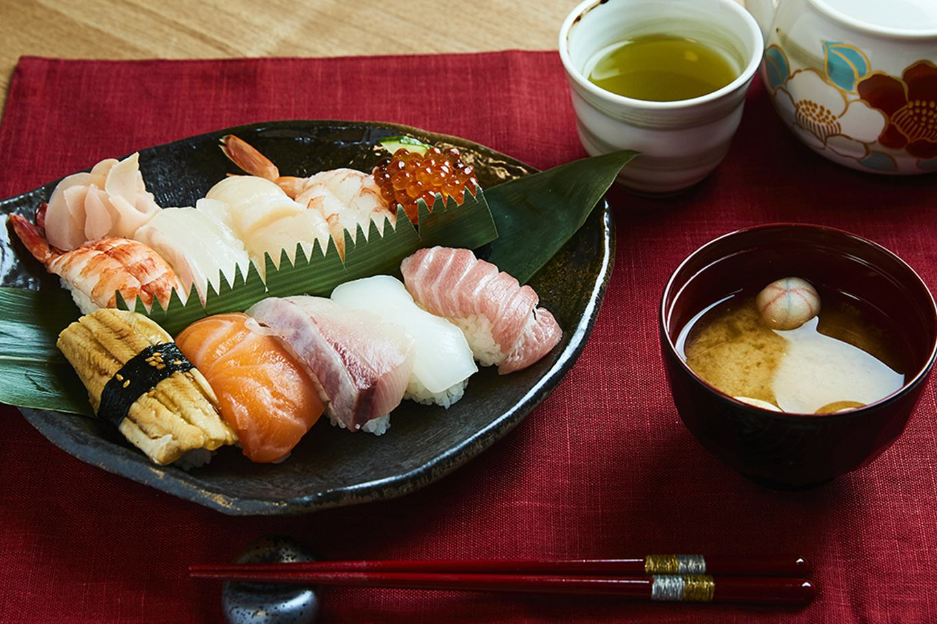 PRIVATE Sushi making and Japanese cooking experience in Osaka