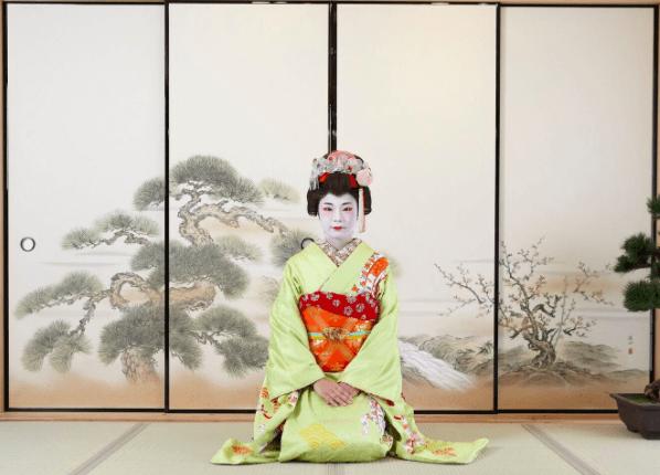 Tea ceremony room in Maiko Osaka