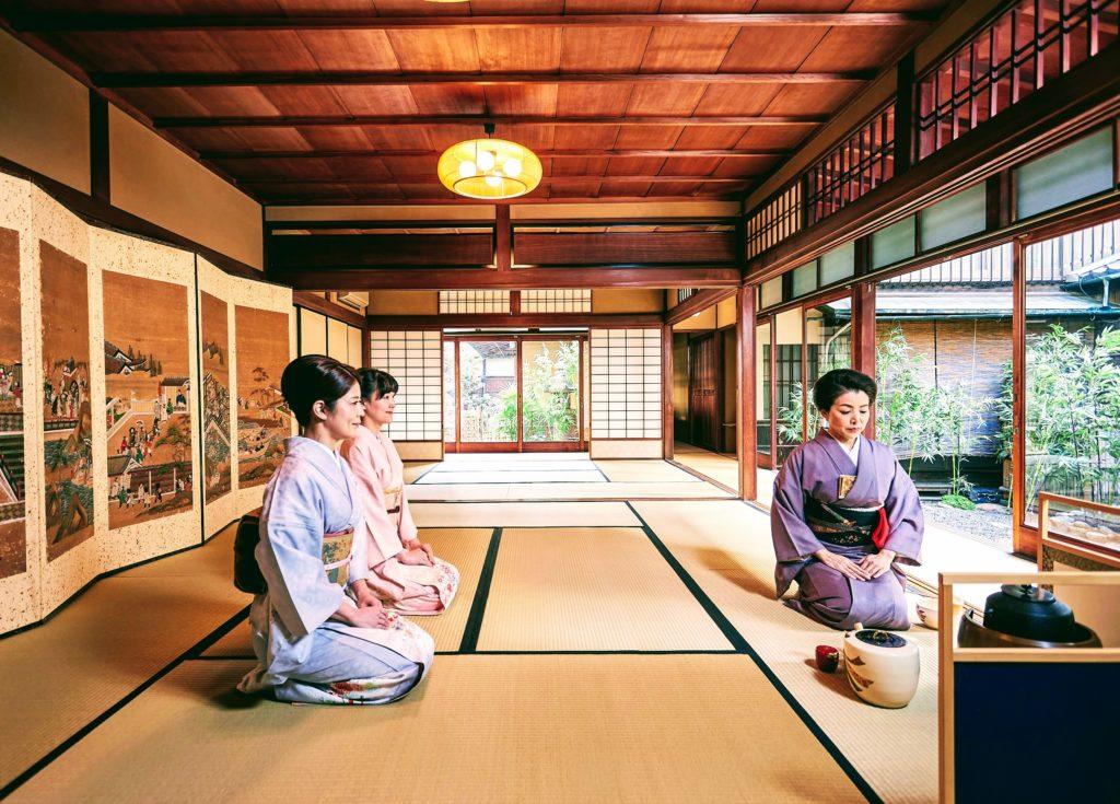 Tea Ceremony and Kimono Experience Kyoto (Gion Shijo Station)
