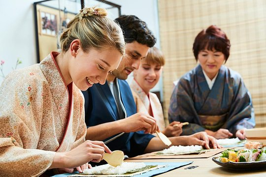Sushi making and Japanese cooking experience in Kyoto