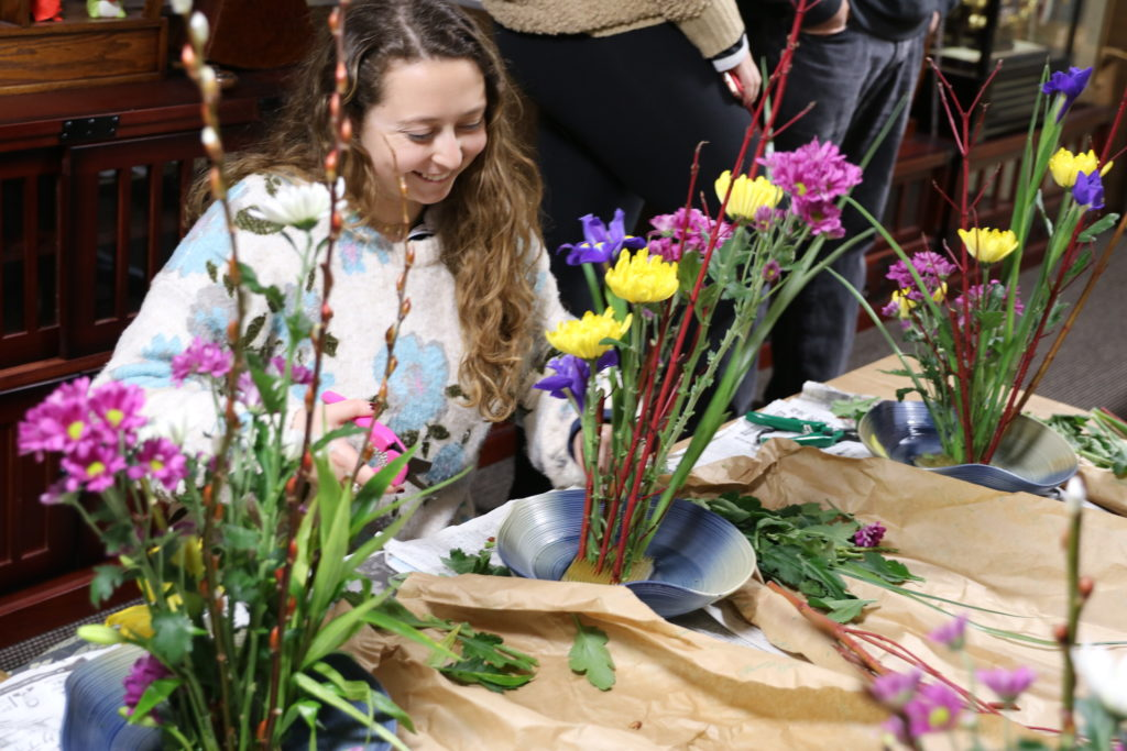 Ikebana And Flower Arranging In Kyoto Tea Ceremony Japan Experiences Maikoya