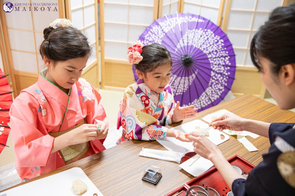 Sweets Making & Kimono Tea Ceremony in Kyoto