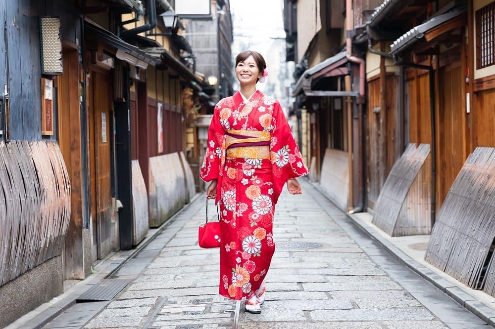 Best Kimono Rental and Kimono Wearing Experiences in Tokyo